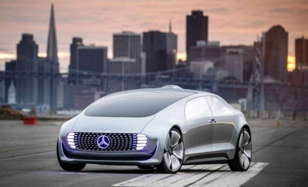 Mercedes-Benz F 015 from outside