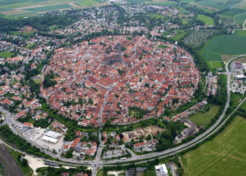 NÖrdlingen, a city of 72k diamonds