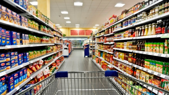pros and cons of superstores