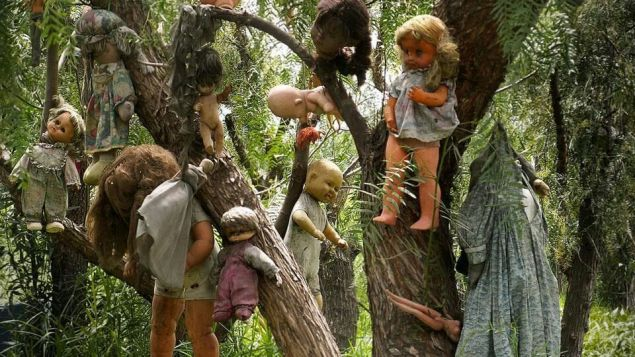 Doll Island, Haunted Dolls